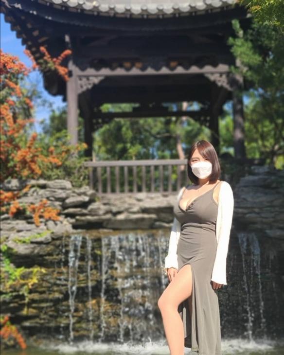 """肉眼可见汹涌澎湃!主播""""Velvet벨벳""""云旅游超吸睛!"""