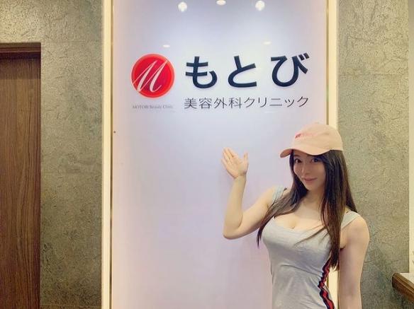 日本健身辣妹涉谷由里:身材火辣运动照叫人脸红心跳!