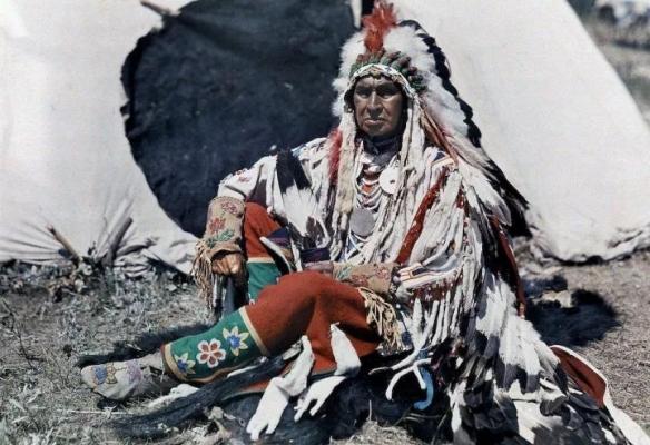 1932年匈牙利漂亮人妻大玩洛丽塔风!珍贵的历史照片