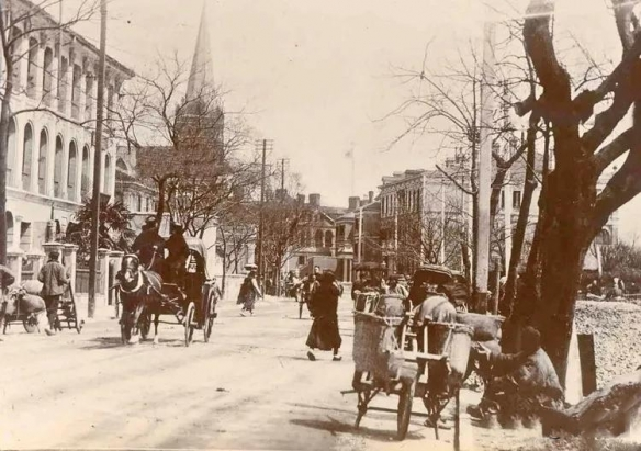 1924年上海舟山路菜市场略显寒酸!珍贵的上海老照片