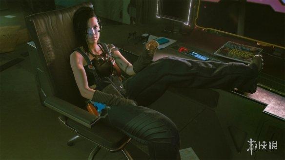 《赛博朋克2077》早期人物模型!黑发朱迪和金发帕南