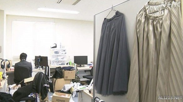这是自由的感觉!日本已有高校男生穿裙子上学