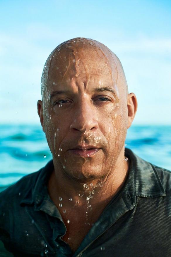 《速激9》范·迪塞尔曝船照写真 猛男湿身荷尔蒙爆棚