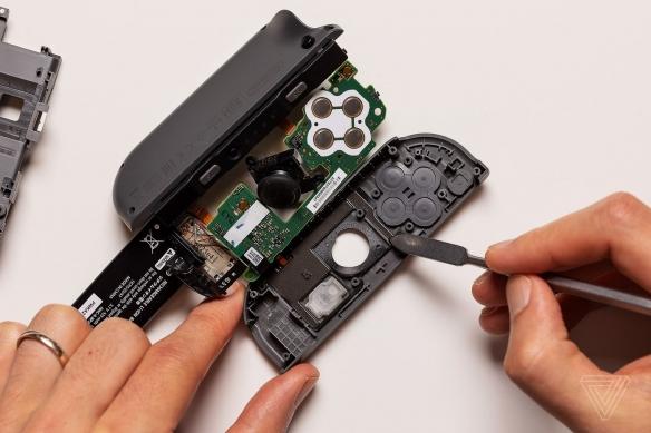 外媒曝料:任天堂拒绝透露新款Switch是否修复手柄漂移