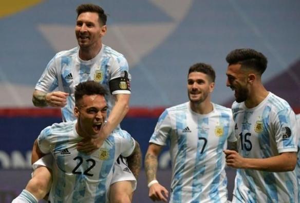 梅西终于圆梦了!阿根廷1-0巴西 梅西圆梦美洲杯冠军
