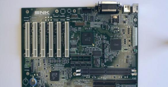 传言中的SNK游戏主机主板被发现 后续研发全部终止