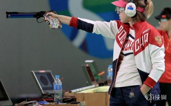 俄罗斯选手戴《巫师》猫学派项链参赛并夺得冠军