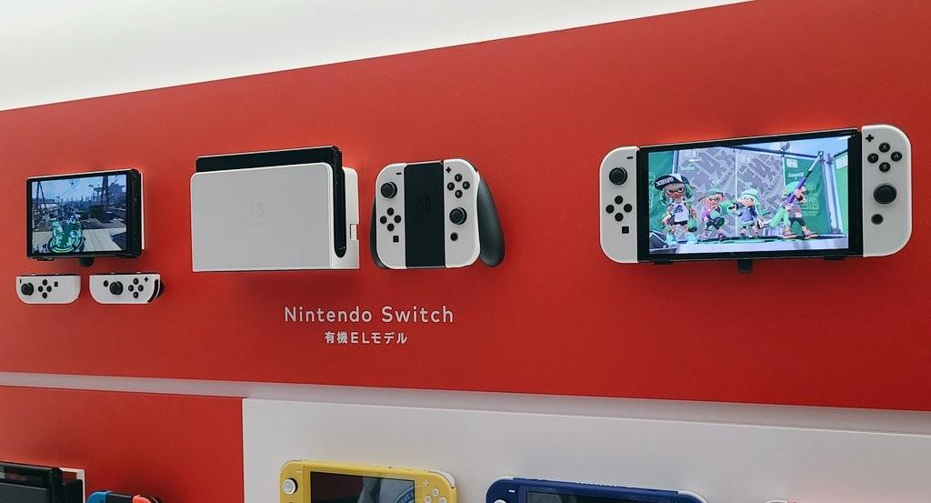 網友分享任天堂OLED Switch實機照片 黑白配簡約大氣