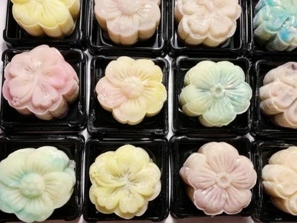 中秋节过去了,那些没有吃完卖完的月饼怎么处理呢?
