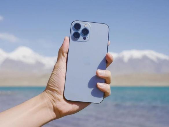 iPhone13全系列拆机:电池全面升级!Pro Max效果出色