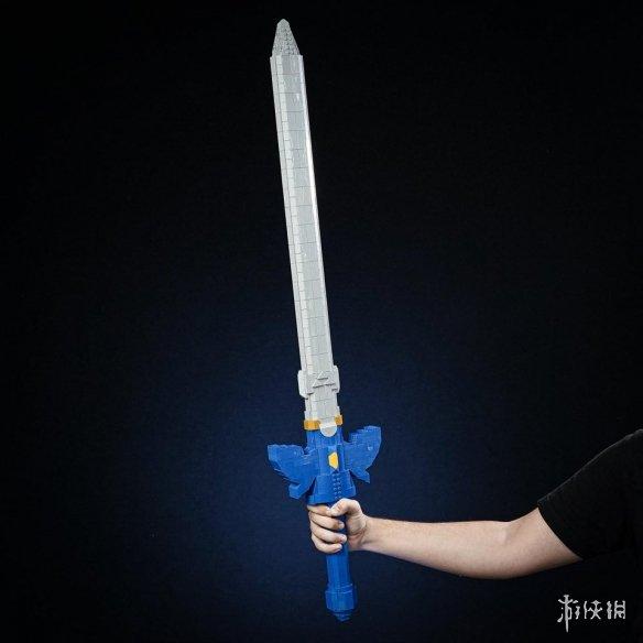 真实比例还原!玩家打造LEGO版《塞尔达传说》大师剑