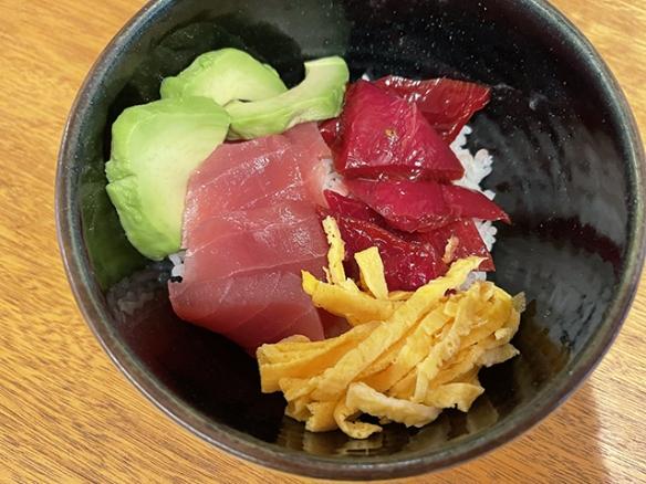 火龙果皮做成的刺身!网友大赞:堪比生鱼片的美味!